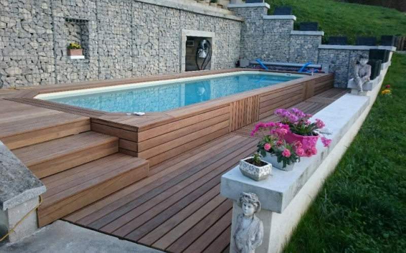 installer une piscine sur terrain en pente arizona pool. Black Bedroom Furniture Sets. Home Design Ideas