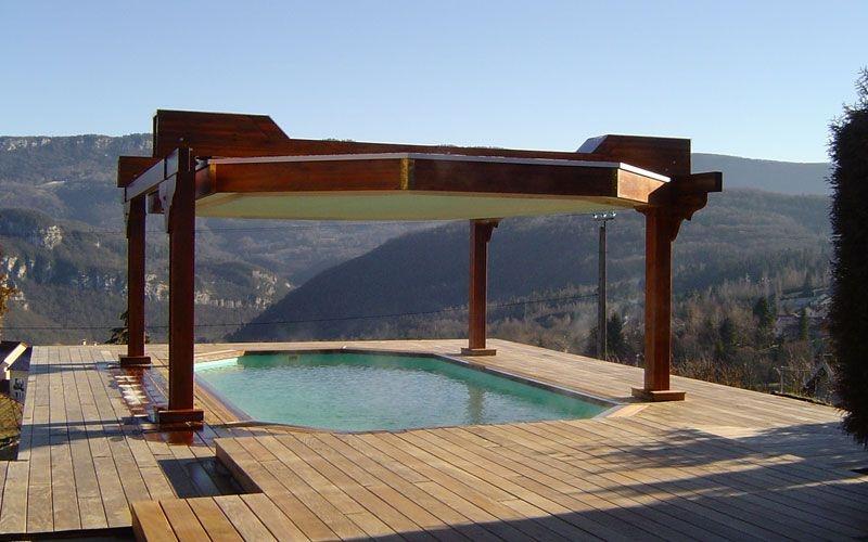 Les avantages de la piscine en bois