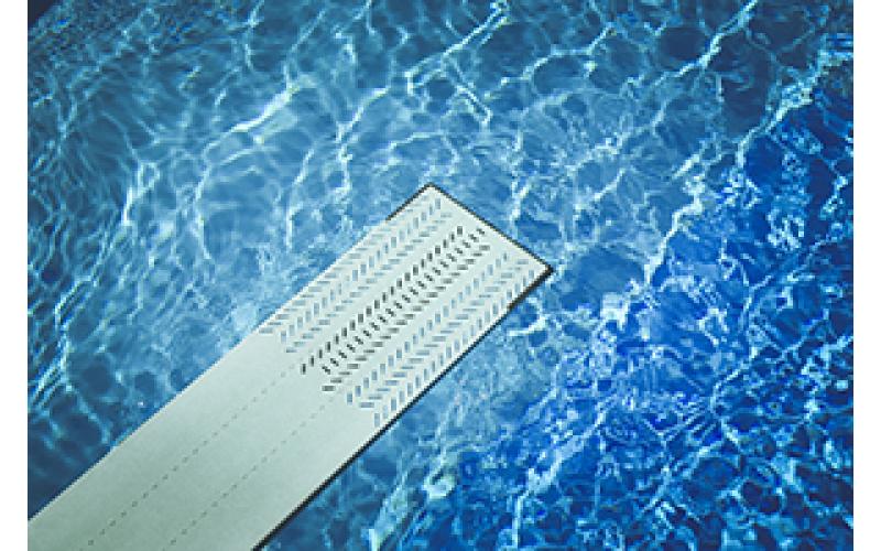 Comment nettoyer votre piscine en bois